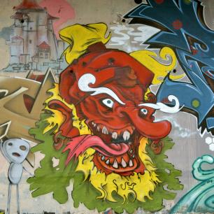 tengu-yokai-street-art-grenoble
